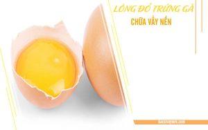 trị vẩy nến bằng lòng đỏ trứng