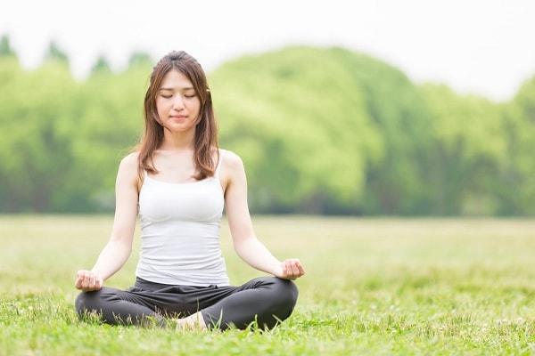 Tập yoga giải tỏa stress