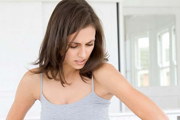 Bí quyết điều trị viêm nang lông ở nách hiệu quả-1