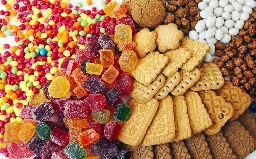 Người bị bệnh á sừng nên kiêng đồ ngọt