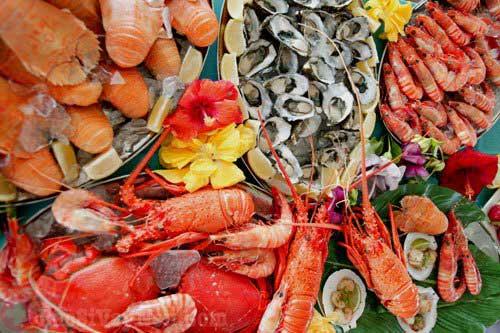 Người bị bệnh á sừng không nên ăn đồ hải sản dễ gây dị ứng